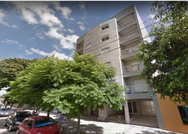Retasado Departamento en Venta en pleno centro de La Plata